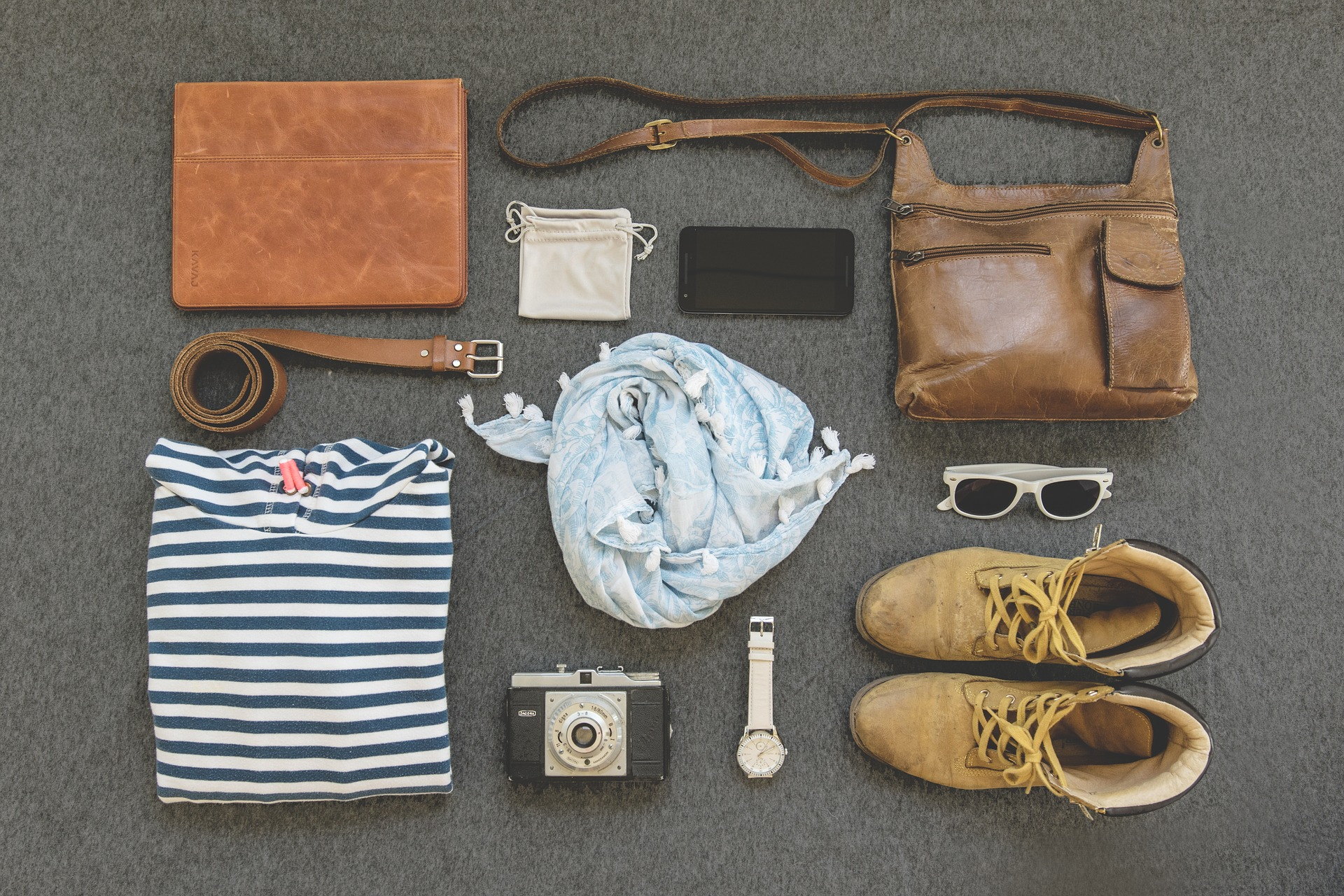 fashion-2208045_1920