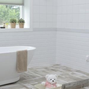 お風呂の取れない黒カビに最後の手段!DIYで目地補修