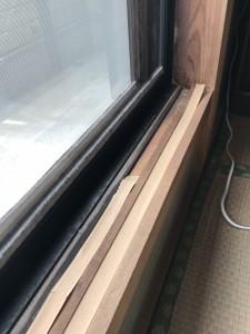 2階和室敷居テープ貼替え前